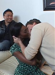 Ebony wife Naomi Sanders got herself fuck buddies and goes for a session of wild interracial fuck